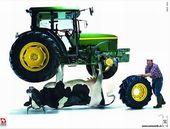 blague-divers-agriculteur-vache-tracteur
