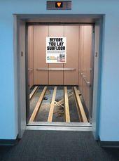 blague-divers-ascenseur-reparation