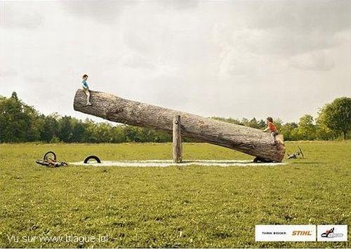blague-divers-jeu-tape-fesse-tronc-arbre
