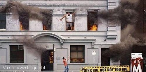 blague-divers-sauvetage-immeuble-en-feu