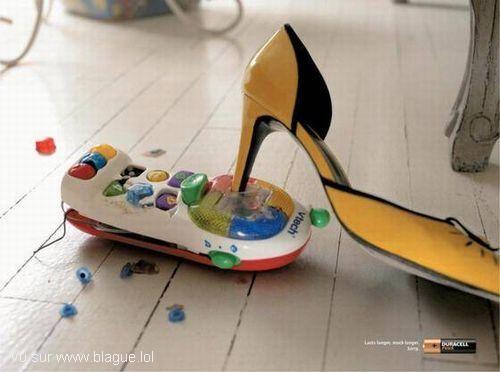 blague-femme-jouet-bruyant-casse-chaussure-haut-talon