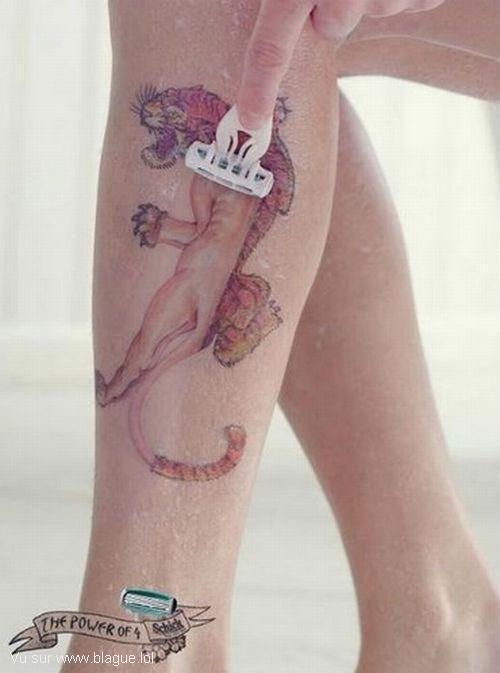 blague-femme-rasee-tatouage