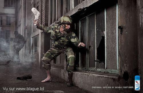 blague-marque-chassette-soldat