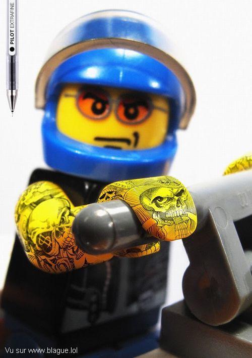 blague-marque-lego-tatouage-2