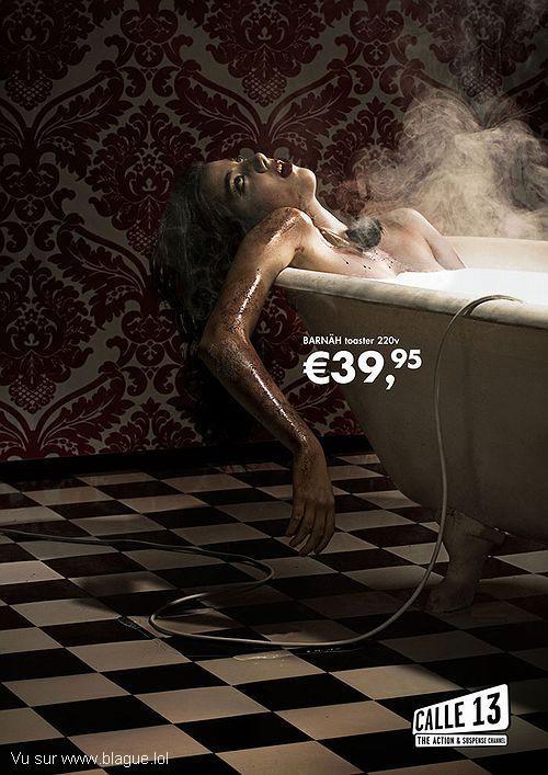 blague-marque-meutre-baignoire-femme