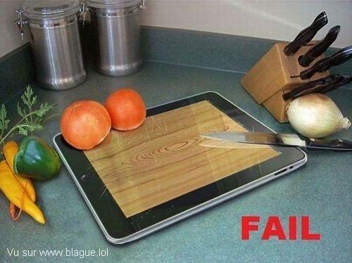 blague-nourriture-tablette-plache-a-decouper